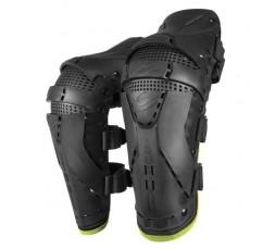 Protection des genoux pour une utilisation Off road, Motocross, MX, Enduro, Adventure PROTECTOR KNEE de SHOT