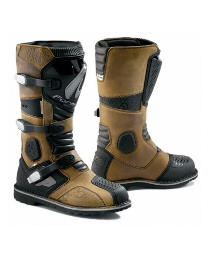 Motorcycle boots Tourism, Trail, Enduro model TERRA Evo Dry by Forma