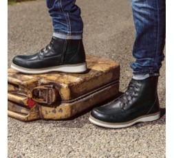 Livingston leather motorcycle boots by Segura 3